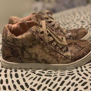 Report Snakeskin Pinky Brown Sneakers